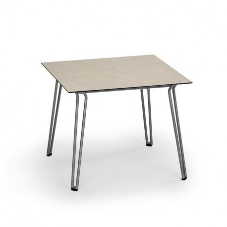 Slope Tisch quadratisch Edelstahl